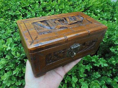 Vintage Hand Carved Camphor Wood Jewellery Box Lined Ginkgo Tree