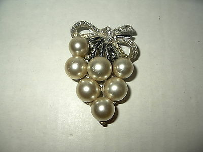 Large Vintage ART DECO Silvertone Rhinestone & Pearl Fur-Scarf-Dress-Shoe Clip