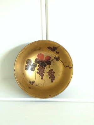 Antique Meji/early 20th century Japanese lacquered bowl