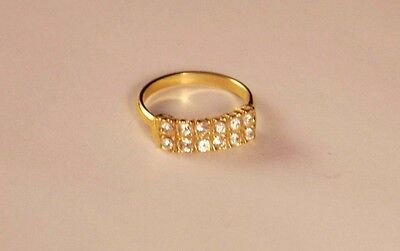 Vintage Gold tone Band White Crystal Ring size 7