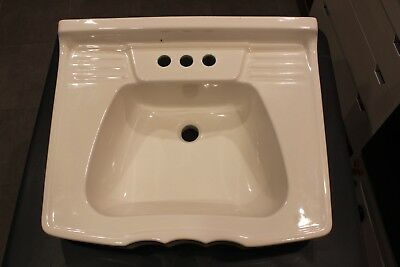Vintage Homart Porcelain Bath Sink, Wall hang, Scalloped,White
