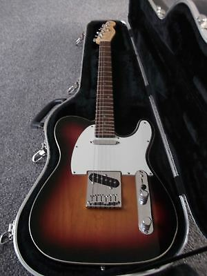 """""""USA Fender American Deluxe"""" + Fender Hard Case all acessories"""