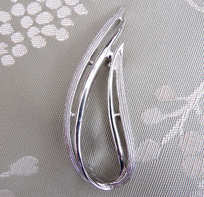Vintage Retro Silver 1970's Leaf Brooch Signed Sarah Coventry