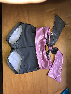 Details Dancewear dance shorts Size Adult Small grey with pink trim