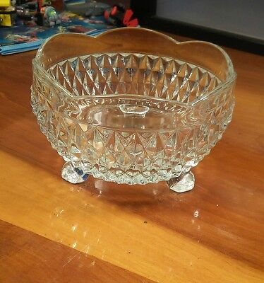 Vintage Diamond Cut Pressed Glass/Crystal Candy/Nut/Mint Dish/Bowl With 3 Feet