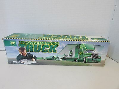 Vtg 1997 Bp Transforming Truck Ltd Ed Transforms Into Bp Station W/mini Car Nib