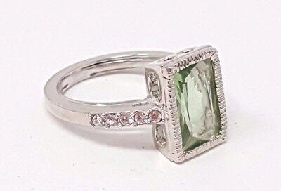 Vintage Green CZ stone Silver tone band Ring size 9
