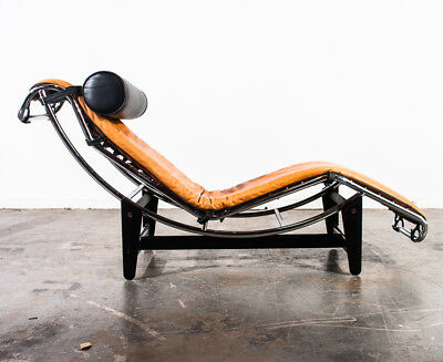 Mid Century Modern Chaise Lounge Chair LC4 Le Corbusier Cognac Leather Vintage