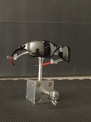 """OAKLEY MADNESS """"THE CUBE"""" SINGLE Skull Display stand, for Romeo, Juliet, AMMO"""