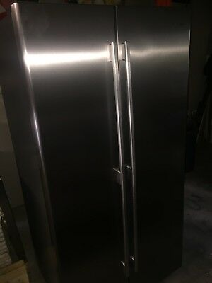 Westinghouse WSE6100SF 610 Litre Side by Side Refrigerator