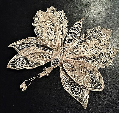Exquisite Antique Lace 8 Winged Butterfly Could be Point de Glace or Brussels ?