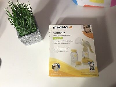 Medela Harmony Manual Breast Pump #67186