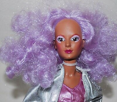 1985 SHANA Jem & the Holograms Doll, clothes and Guitar!