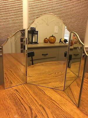 Vintage/antique Trifold Beveled Edge Wall Or Table Top Mirror