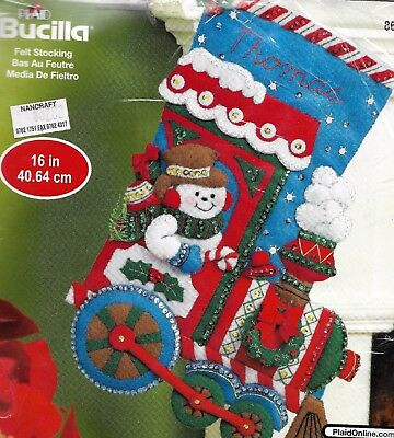 """SNOWMEN TRAIN "" Quality BUCILLA CHRISTMAS STOCKING KIT stamped FELT 40.64CM"