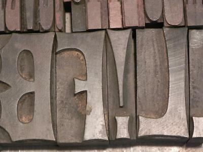 14-6L French Clarendon Wood Type Assortment