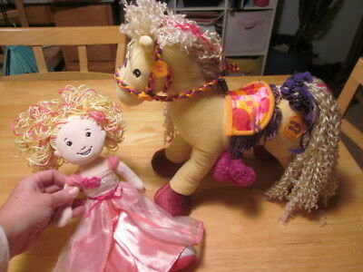 Groovy Girl Manhattan Toy Horse And Princess - Pose-able Legs on Horse