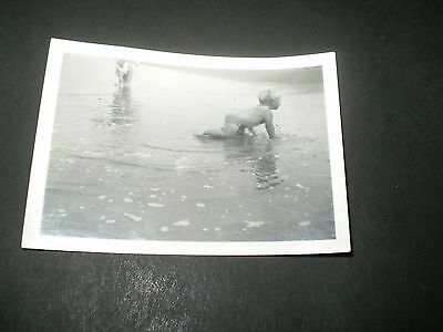 SOCIAL HISTORY 1940's cute boy crawling to the sea photograph 3.3'inch