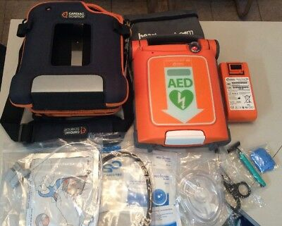 Cardiac Science PowerHeart G5 Fully Automatic AED + Pads Battery G5A-80A-P Heart