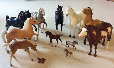 Breyer Horses lot 7 full size plus several smaller NOT mint. Played with gently.