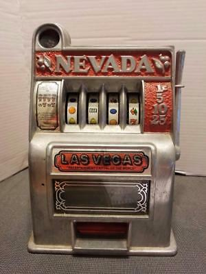 Vintage Las Vegas Nevada Toy Slot Machine Metal Bank