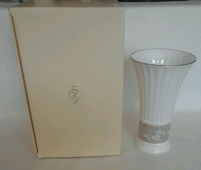 Lenox Gazelle African Antelope Platinum and Gold Accent Tall Vase Brand New NIB