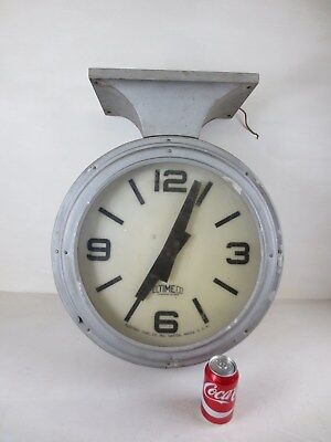 VTG ELECTRIC TIME CO ELTIMECO SCHOOL GARAGE INDUSTRIAL WALL CLOCK Milwaukee WI