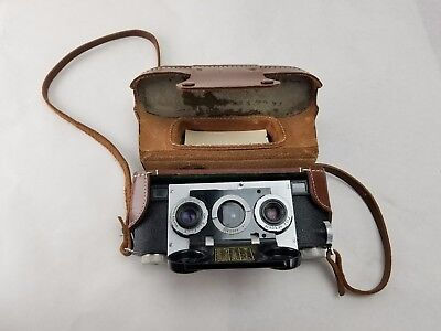 Vintage 1950's Realist Stereo 3D Camera With Case