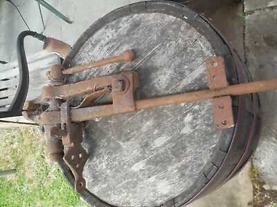 ANTIQUE Blacksmith Farrier Post Leg Vice Jaws Stand Hammer Anvil