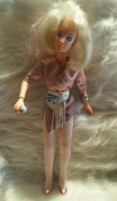 Vintage 1985 Hasbro JEM JERRICA Holograms Doll Flashing Earrings & Orig Outfit