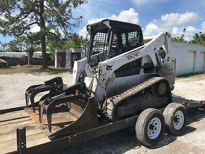 2015 Bobcat 2 Speed T650 with Grapple Bucket Attachment - 700 +/- Hours