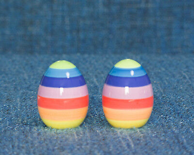 Ceramic Shakers Salt & Pepper. Egg shape. Colorful rainbow. Collectable.