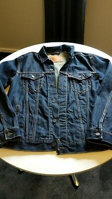 Levi's men's size large  denim jacket