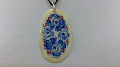 """Russian Handpainted Lacquer Pendant Mother of Pearl """"Flowers"""" Fedoskino Signed"""