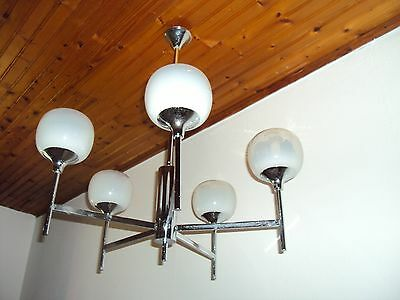 LUMINAIRE SUSPENSION  VINTAGE 70'S / 5 opalines blanches