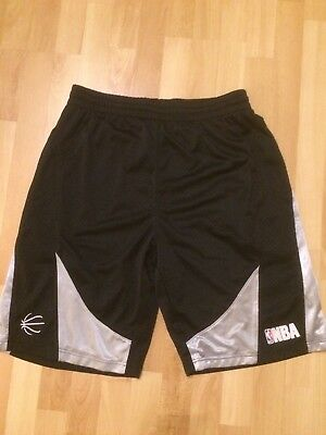Basketball Shorts NBA Gr. L Neuwertig