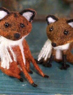 Victorian Trading Co Russel & Rowena Felted Fox Couple Free Ship NIB