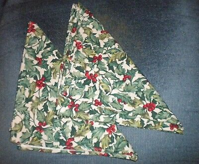 Longaberger American Holly Fabric Napkins – set of 2   New, Never Used