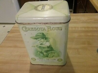 "Vintage Ceresota Flour Tin Can by ""The Northwestern Consolidated Milling Co""."