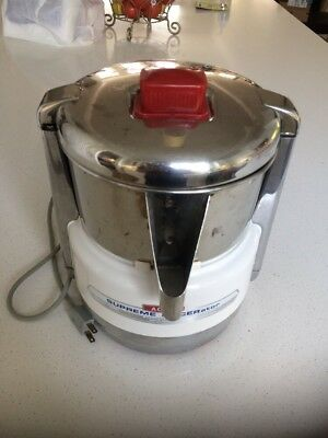 Vintage Acme Supreme Juicerator 6001 Fruit & Vegetable Juicer Retro Chrome