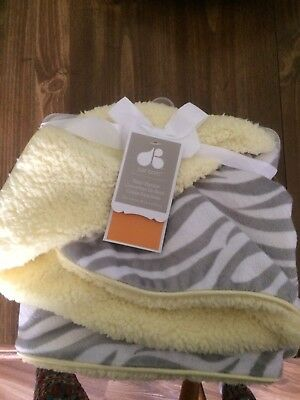 Nwt Just Born Baby Blanket Yellow And Gray Zebra Print Gender Neutral 30 x 40