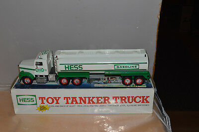 1990  Collectible Hess Toy Tanker NIB
