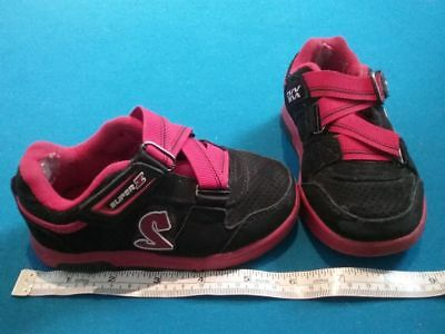 """Sketchers"" Toddlers joggers with rubber soles.  Signs of Wear.  Size US 7/UK 6"