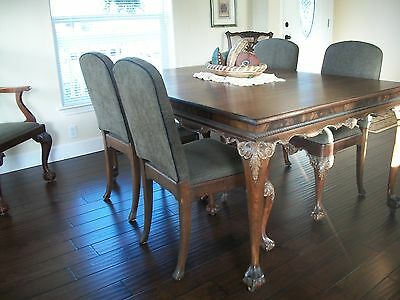 Exquisite 9 piece Antique Chippendale Dining Set.  Beautiful, early 1900's, orna