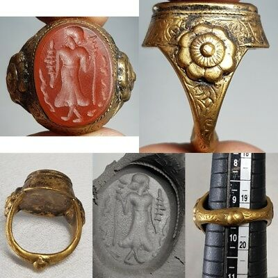 Agate Old Medieval Queen intaglio Stone gilded Gold ring   # D2