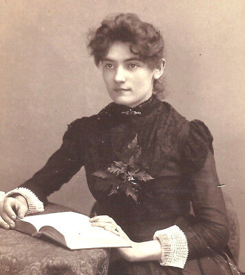 BEAUTIFUL woman w/book & corsage by Palmer Griggsville IL antique cabinet photo