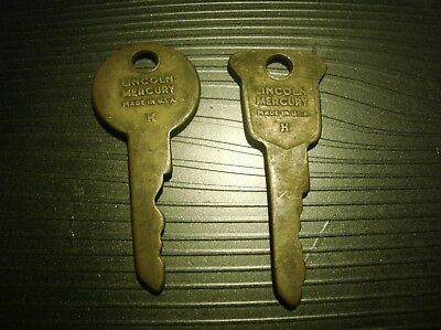 Vintage  Pair Lincoln Mercury Car Keys One Round One Square Worn See Ad