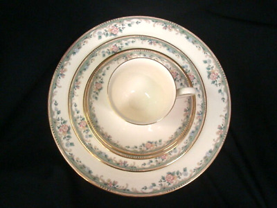 Spring Vista LENOX 5 Piece Place Setting Dinner, Salad, Bread Plate, Cup, Saucer