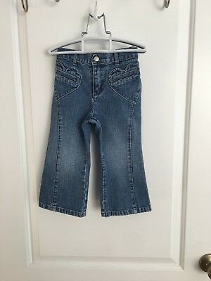 Old Navy Cute Girl Denim Jeans Boot Cut Toddler Girl Heart Pockets Size 2T