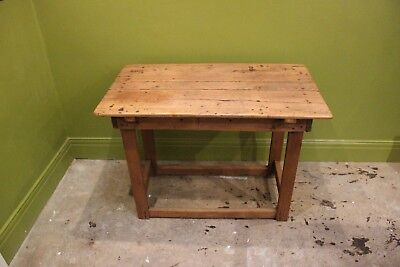 Antique pine table / carpenter's bench **VERY SPECIAL**